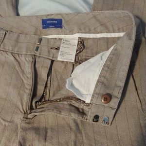 3/$15 Dockers Ideal Fit Size 6 Pants